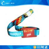 Одиночным дешевым сплетенный празднеством Wristband ткани для случаев