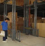 Ascenseur de fret hydraulique de table élévatrice de cargaison de chaîne de longeron de guide d'approvisionnement d'usine
