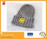 Sombrero lindo de 2016 cabritos calientes del invierno con la cara sonriente