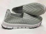 Горячим сплетенный сбыванием ботинок новой конструкции ботинка 2017 удобный