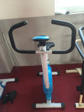 Übungs-Fahrrad mit Puls-Einheit