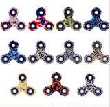 Camo 패턴, 자폐증 및 Adhd 아이들에서 최고 장난감, 또한 성숙한 압축 장난감을%s 가진 싱숭생숭함 방적공