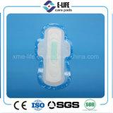 Serviette hygiénique élevée de papier de sève d'absorption de bonne qualité