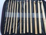 Tejiendo a mano los ganchos de leva de ganchillo de bambú de las lanas de la aguja fijados