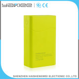 La Banca mobile portatile esterna di potere con la torcia elettrica luminosa
