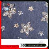 Genres de tissu de denim estampé par fleur pour Madame Garment Hotsale