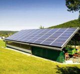 Petit complet système de panneau solaire de toit de maison de support de projet