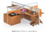 Moderner hölzerner Möbel-Büro-Computer-Schreibtisch mit dem Metallbein
