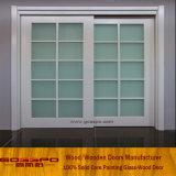 Portello scorrevole di vetro del grano di legno bianco della vernice (GSP3-034)