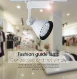Luz da trilha do diodo emissor de luz da loja da roupa da forma do fornecedor de China