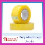 L'utilisation acrylique BOPP de cachetage d'adhésif et de carton effacent la bande d'emballage