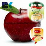통조림으로 만들어진 사과 반 신선한 통조림
