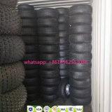 車輪が付いている中国の軽トラックSUV 4*4の放射状のゴム製タイヤ
