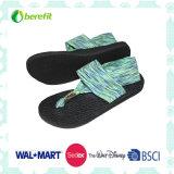 Único e projeto bonito de EVA, sandálias das mulheres