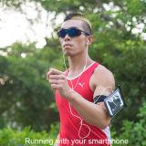 携帯電話のイヤホーンジャックおよび内部ケーブルが付いているスポーツの腕章キットの防水袋
