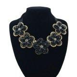 Collar cristalino azul de la joyería de las mujeres de la manera