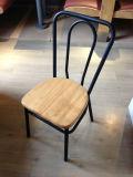 Cadeira barata da sala de jantar do restaurante