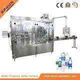 Machine de remplissage liquide automatique avec la ligne d'emballage de écriture de labels recouvrante