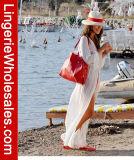 El día de fiesta de la playa de las mujeres atractivas largo cubre para arriba la alineada Chiffon