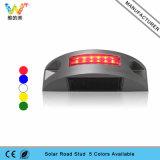Semicírculo LED rojo intermitente aluminio perno de carretera solar