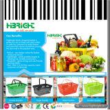 Корзина руки покупкы супермаркета для Hypermarket