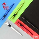 Crayons lecteurs estampés faits sur commande de vente en gros en plastique de stylo bille sur la vente