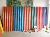 De kleurrijke Steen Met een laag bedekte Dakspanen van het Dak van het Metaal
