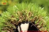 Erba di plastica decorativa con l'alta qualità ed il prezzo ragionevole