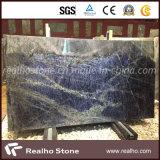 De blauwe Plakken van Sodalite en van het Graniet van Azul Macaubas