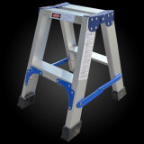 Superlightアルミニウムステップ梯子を折るモデル