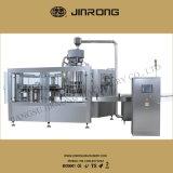 Bebidas Carbonated que lavam o enchimento tampando 3 em 1 máquina