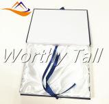 Rectángulo de regalo azul de la joyería de Matt de la nueva pieza inserta de la espuma con el encierro de la cinta