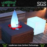 Cubo de los muebles del LED