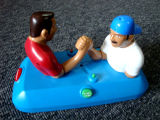 팔 레슬링 직업적인 전자 장난감 승진 선물은 팽창식 장난감을