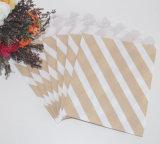 PUNTO de polca rayado rosado de Chevron del bolso del caramelo del papel de favor de partido