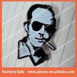 Preiswerten dankbaren toten Serien-Stahl Ihr Gesicht bilden kundenspezifischer Emaille-Reverspin-Hersteller