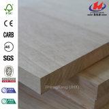 Panneau en bois de joint de doigt pour des panneaux de mur matériels