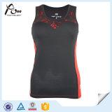 Износ пригодности красных женщин верхних частей бака черной гонки