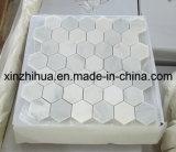 大理石のモザイク・タイルの白のモザイク