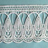 Motif blanc de lacet de tissu de broderie de lacet