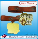 金属は鋳造物の金属賞の円形浮彫りの製造の金の終わりメダルを停止する