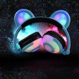 Écouteur rougeoyant coloré personnalisé mignon de vente chaud d'oreille de panda