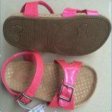 Mädchen-auf lagerschuh-nette rosafarbene Sandelholze für Kinder