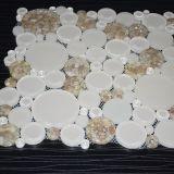 De witte Ronde Shell Tegel van het Mozaïek van het Glas van het Kristal