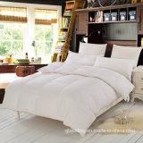クイーンサイズ純粋な綿織物の白いアヒルの羽毛布団の慰める人