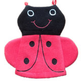 OEMの農産物のCustomziedかわいいデザインアップリケによって刺繍される綿の昇進のカスタマイズされた赤ん坊の胸当て