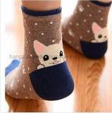 Шарж на носке пятки милом для детей