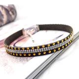 De transparante Halsbanden van de Nauwsluitende halsketting van het Leer van het Kristal Zwarte