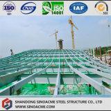 Ангар стальной структуры с крышей дуги
