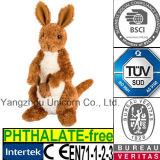 Le CE badine le jouet mou de peluche de kangourou de peluche de cadeau